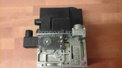 Gas valve Honeywell VR425VA10170010