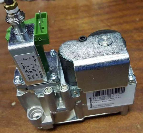 Boiler Part Honeywell CVI Gas Valve VK4105M 2055 4