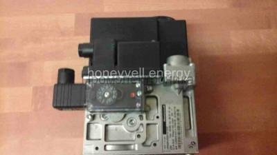 Gas valve Honeywell VR425AE10040000